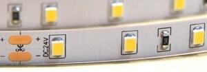 STRONG LED pásek 12W/m(120)24V bílá teplá IP65