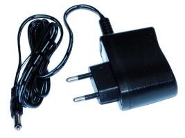 STRONG transformátor pro LED 12V 6W do zásuvky